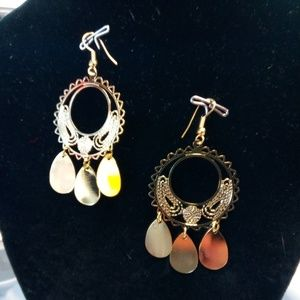 Golden Round Dangling Earrings